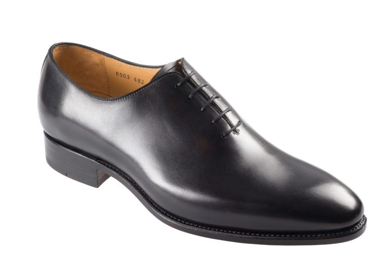 Wholecut Shoe – 6903GDY
